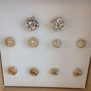 Jewelry - Gold stud earring set rhinestone